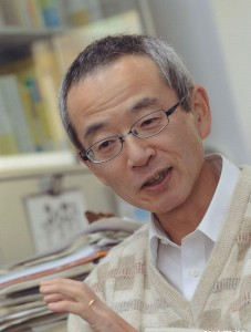 Osamu Saeki is a keynote speaker at TopoInVis 2015